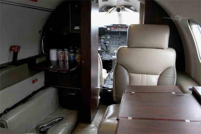 перелет самолетом Learjet 35