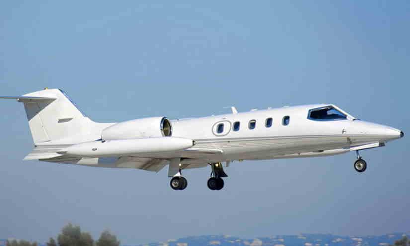 самолет Learjet 35