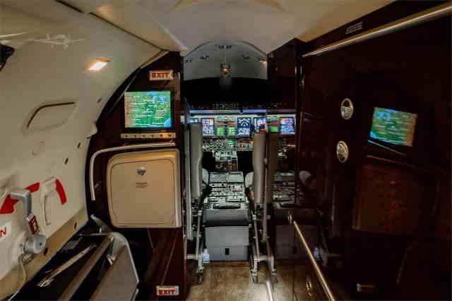арендовать бизнес джет Learjet 40 XR