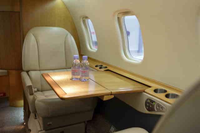 фото частного самолета Learjet 60