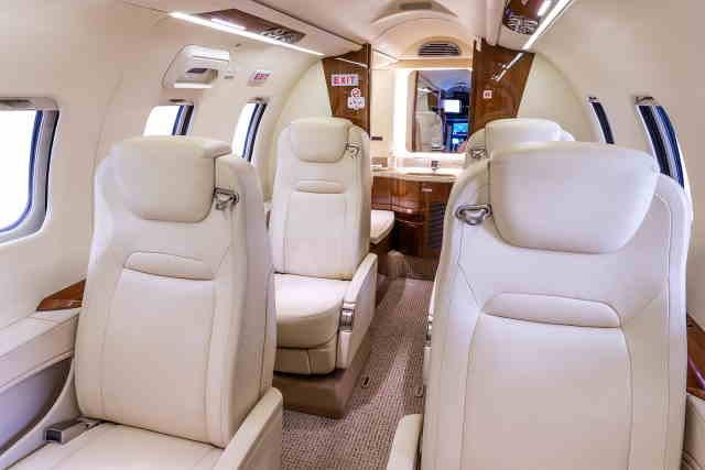 перелет самолетом Learjet 70