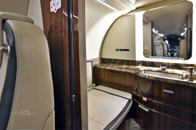 арендовать бизнес джет Learjet 75