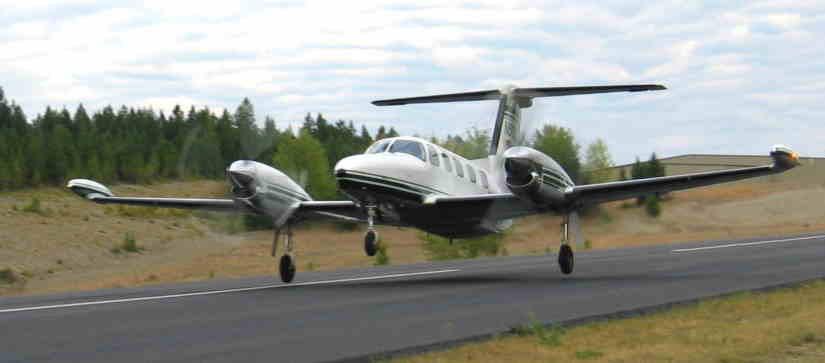 самолет Piper Cheyenne