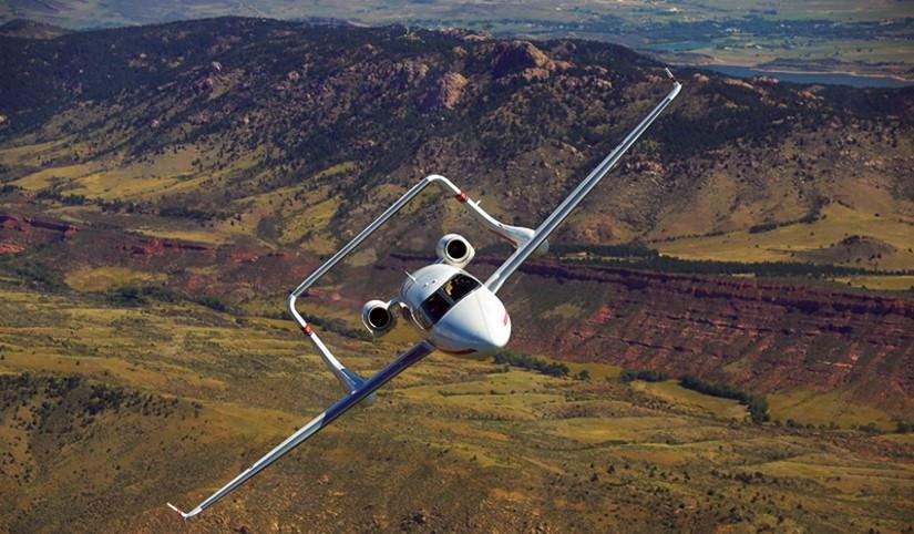 самолет AdamJet A700