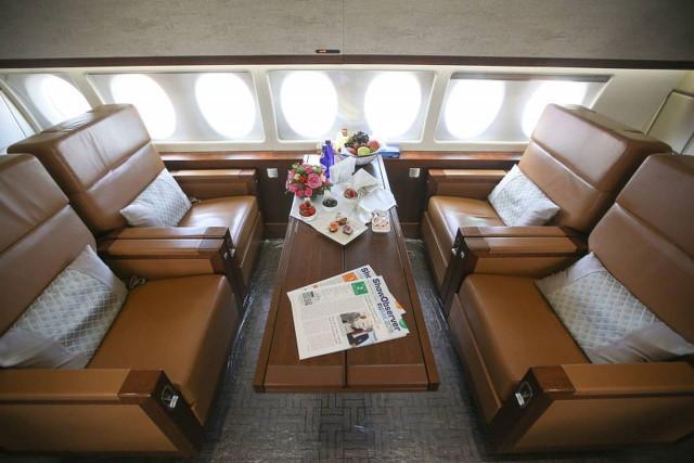 арендовать бизнес джет Sukhoi Business Jet