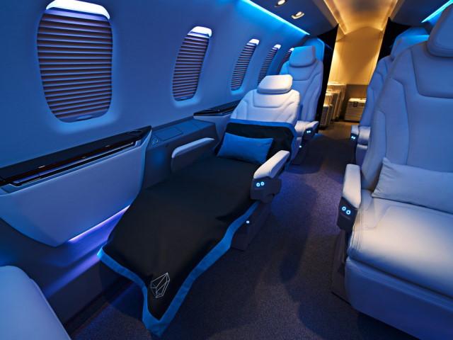 интерьер салона самолета Pilatus PC-24