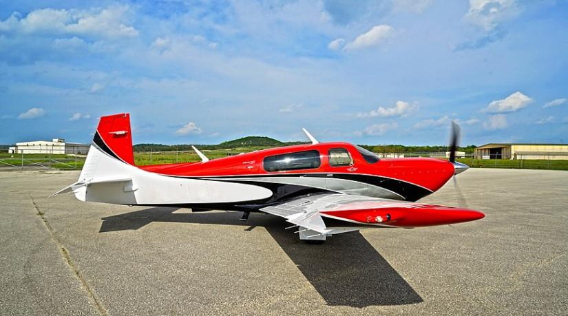 самолет Mooney M20V