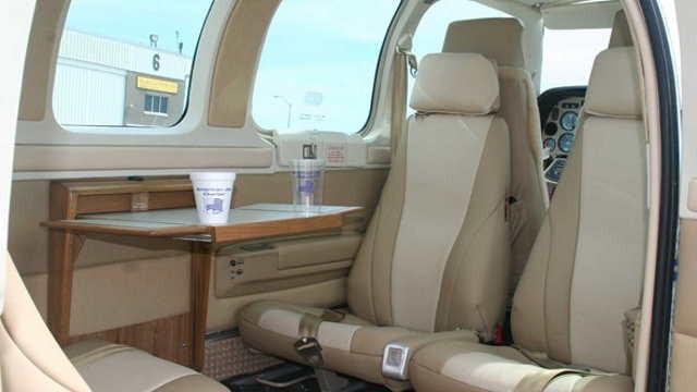 аренда самолета Beechcraft Baron 58
