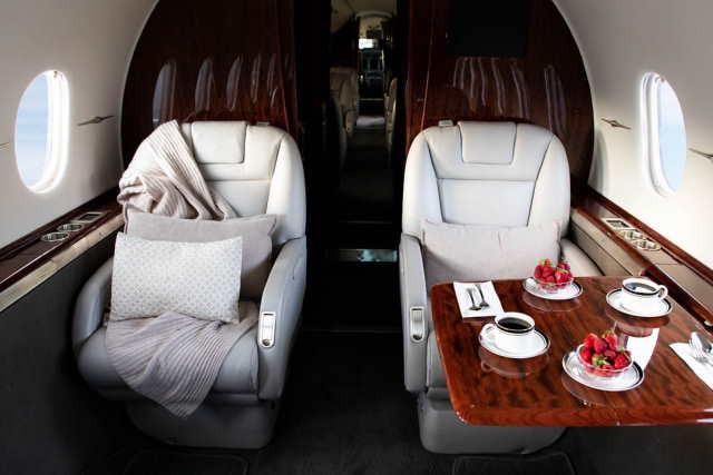 аренда самолета Beechcraft Hawker 4000