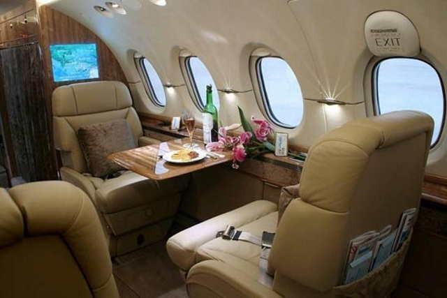 арендовать бизнес джет Beechcraft Hawker 850 XP