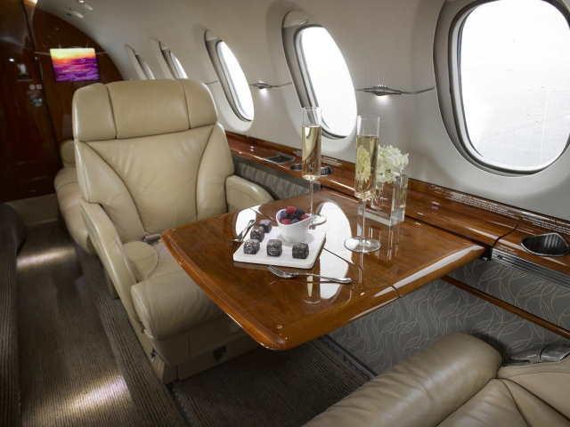 перелет самолетом Beechcraft Hawker 900 XP