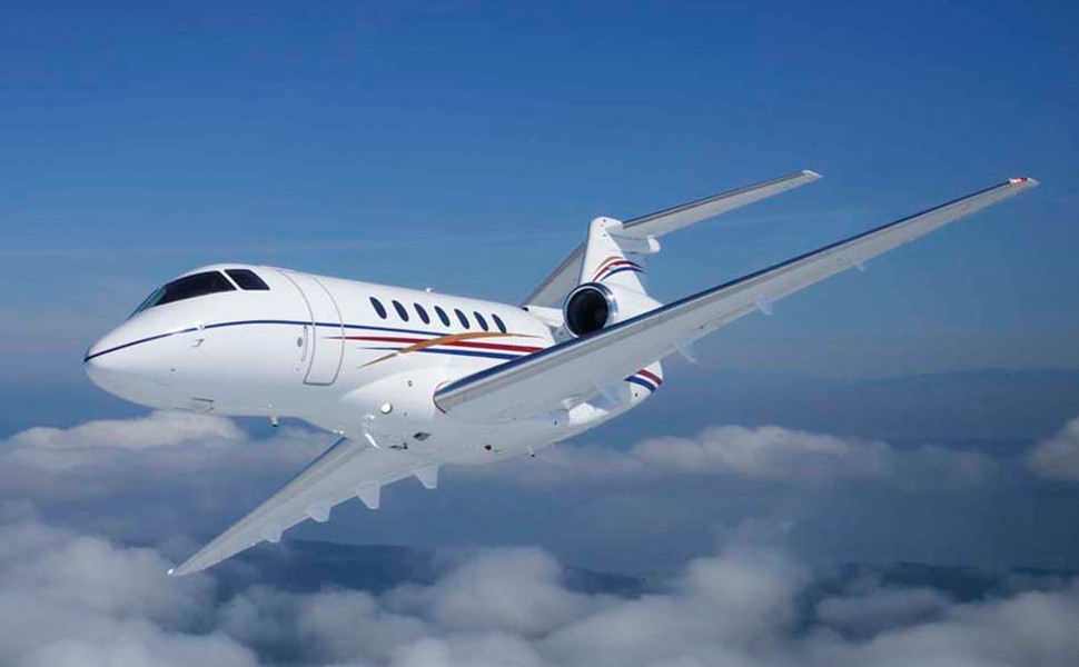 самолет Beechcraft Hawker 700