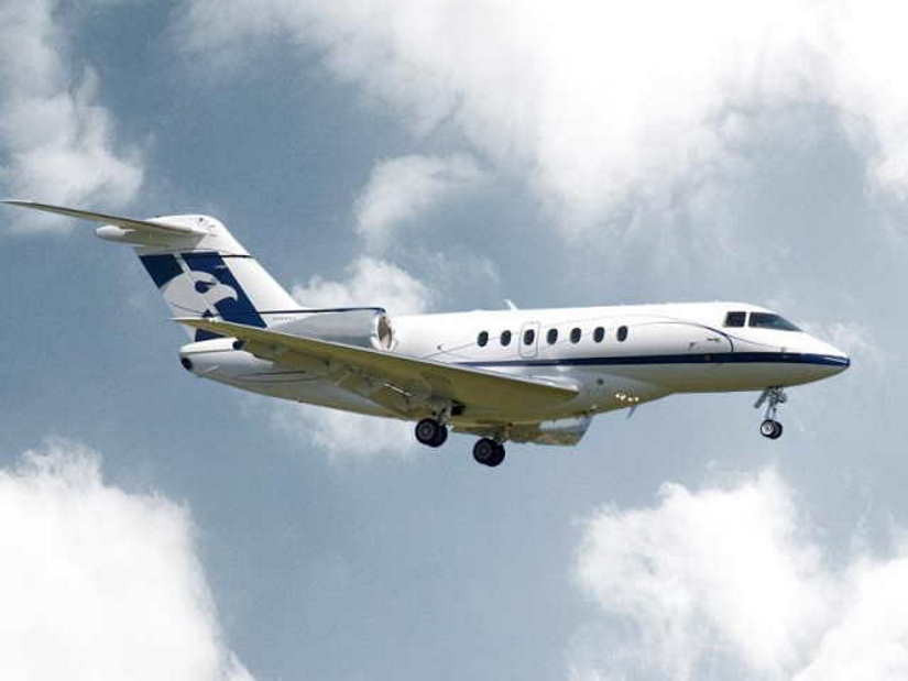 самолет Beechcraft Hawker 4000