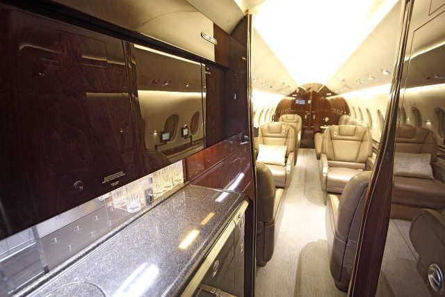 перелет самолетом Beechcraft Hawker 4000