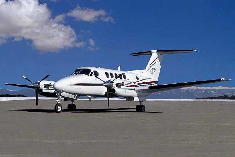 самолет Beechcraft King Air 200