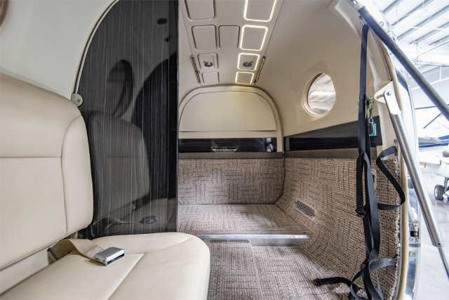 интерьер салона самолета Beechcraft King Air 300