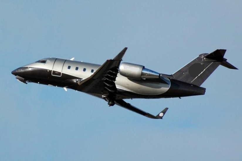 самолет Bombardier Challenger 601