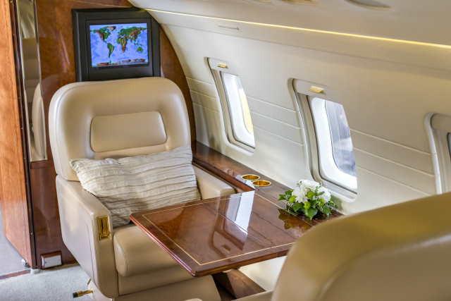 аренда самолета Bombardier Challenger 601