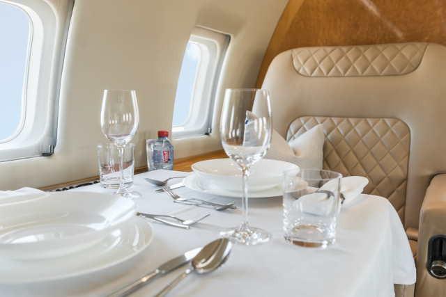 фото частного самолета Bombardier Challenger 604