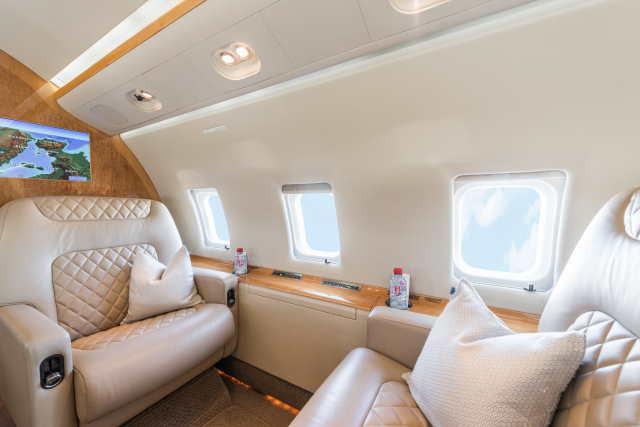аренда самолета Bombardier Challenger 604