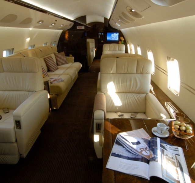 аренда самолета Bombardier Challenger 800