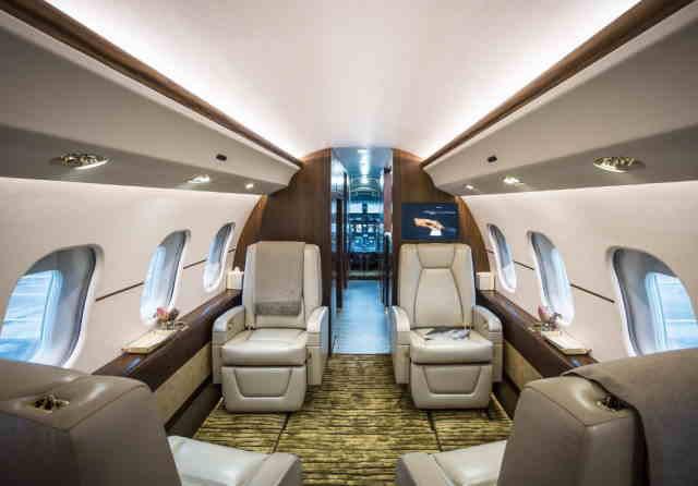 интерьер салона самолета Bombardier Global Express XRS
