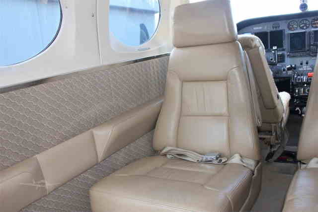 фото частного самолета Cessna 340