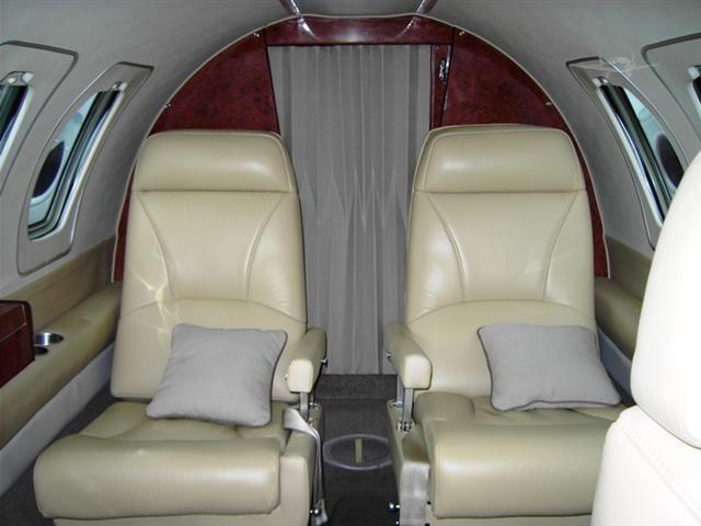 интерьер салона самолета Cessna Citation 501
