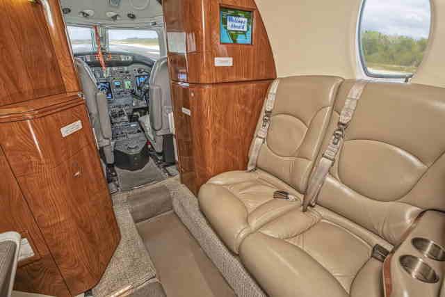 интерьер салона самолета Cessna Citation Excel