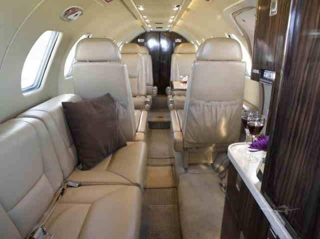 интерьер салона самолета Cessna Citation II