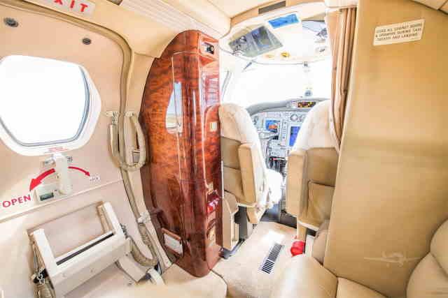 интерьер салона самолета Cessna Citation Jet / CJ1